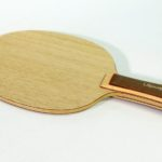 Offensive table tennis blade for plastic balls and plastic-ready rubbers